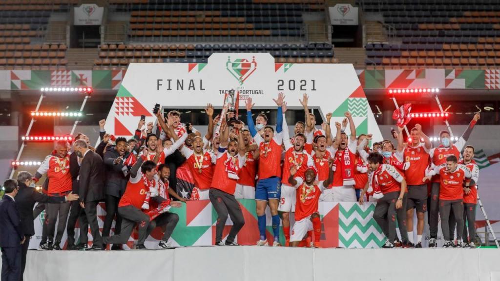 Sp. Braga ergue a Taça de Portugal (Lusa)