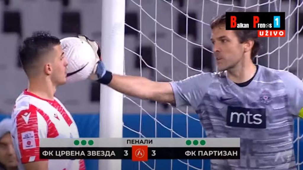 Vladimir Stojkovic e Krstovic na final da Taça da Sérvia, entre Estrela e Partizan (Balkan Sport)