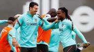 José Fonte e Renato Sanches no treino da seleção (FPF)