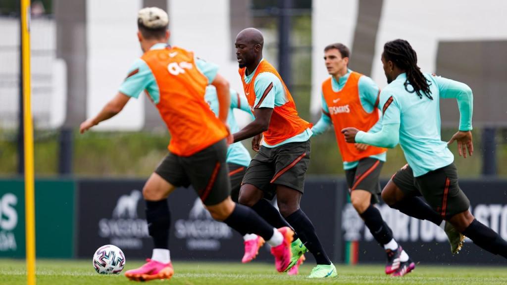 Danilo Pereira no treino da seleção (FPF)