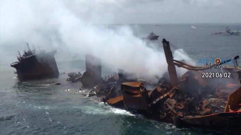 Naufrágio polui água e praias: é o maior desastre ambiental do Sri Lanka