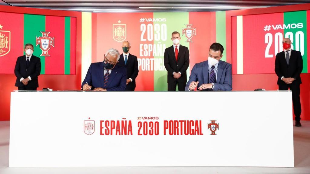 Portugal e Espanha na apresentação da candidatura ao Mundial 2030 (Pedro González/EPA)