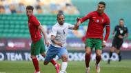 Dgani e Cristiano Ronaldo no Portugal-Israel (Manuel de Almeida/LUSA)