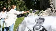 O memorial de homenagem a Neno em Guimarães (Vitória SC)