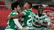 Tomás Paçó, Pauleta e Zicky festejam golo no Benfica-Sporting (Manuel de Almeida/LUSA)