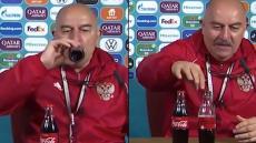 VÍDEO: selecionador russo contraria Ronaldo e bebe refrigerante em direto