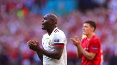 VÍDEO: Lukaku 'responde' a Ronaldo e até deixa proposta à marca