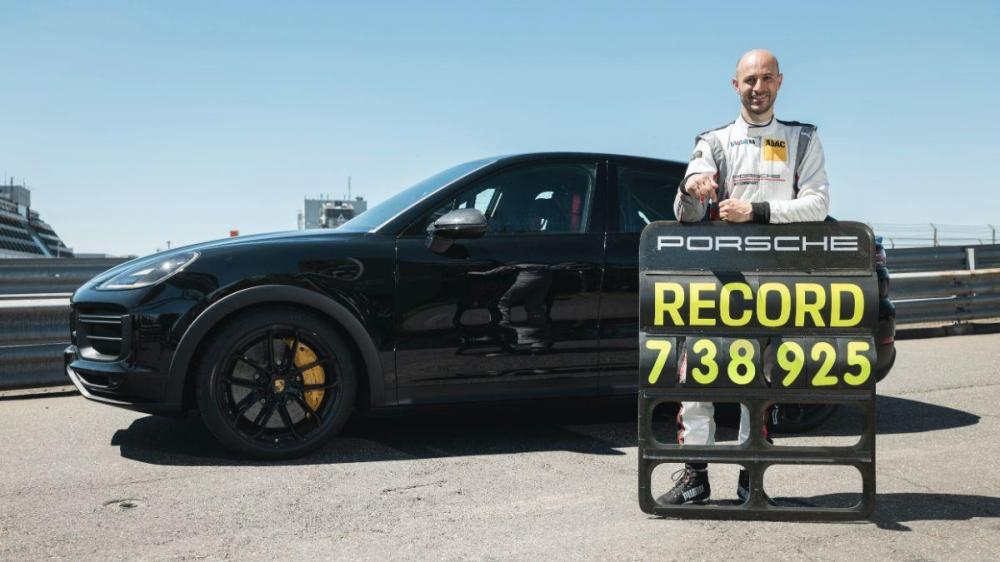 Porsche Cayenne is the new Nurburgring record holder