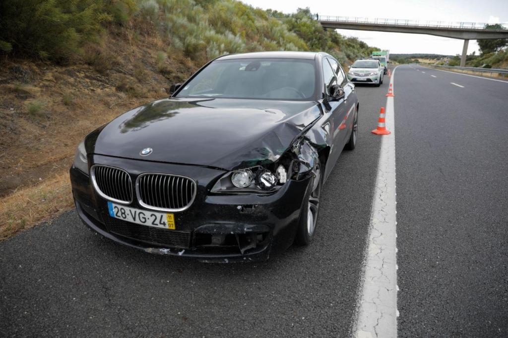 Carro de Eduardo Cabrita envolvido em atropelamento mortal na A6
