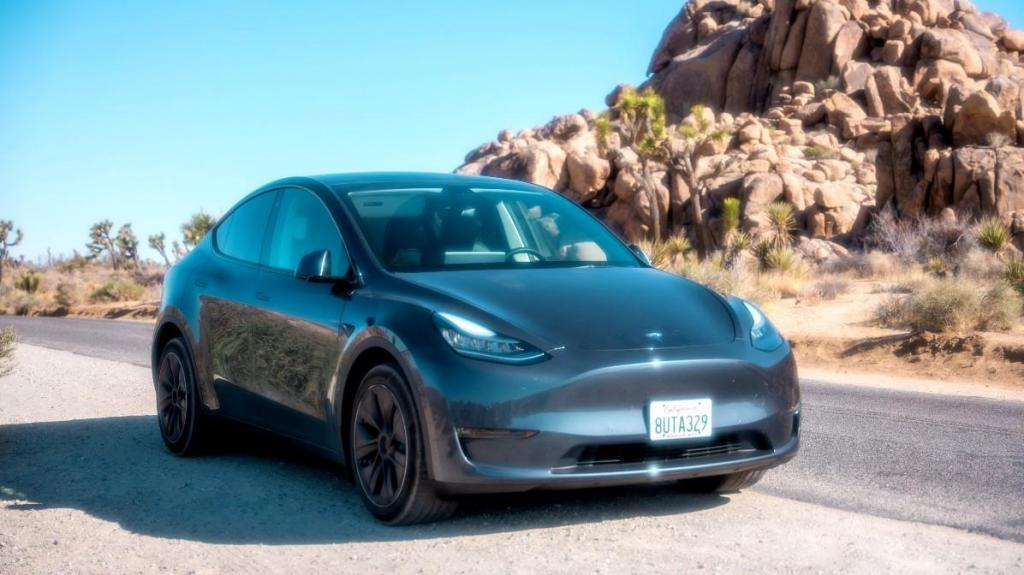 Recall Tesla Model 3 e Model Y (foto: Tyler Casey/Unsplash)