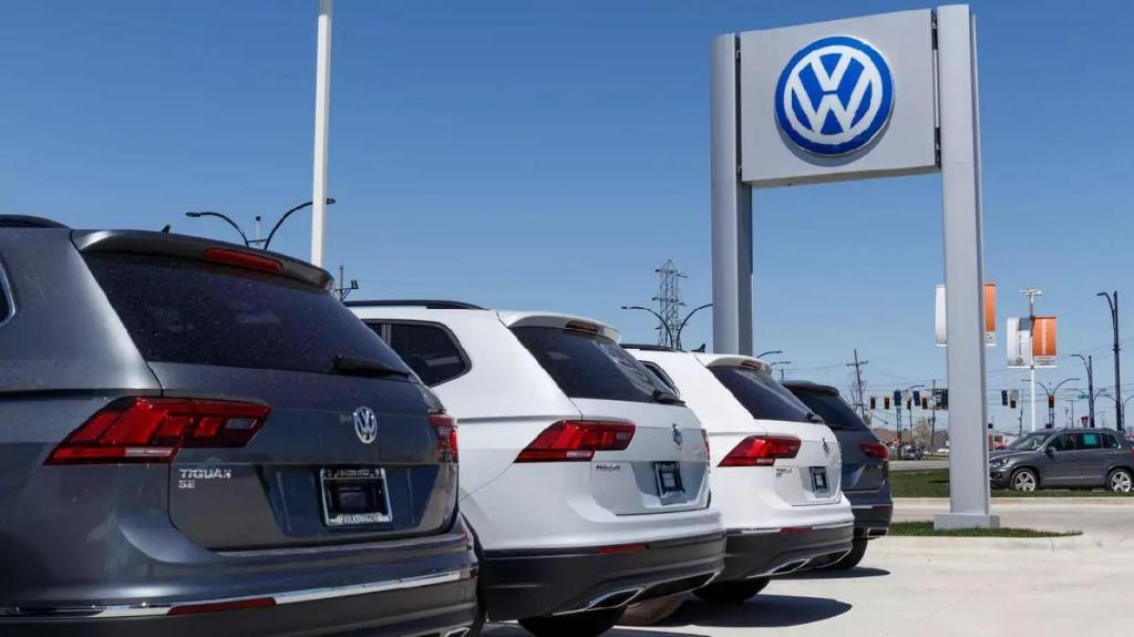 Volkswagen acaba com motores de combustão em 2035