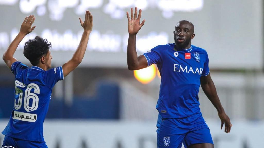 Marega estreou-se a marcar pelo Al Hilal