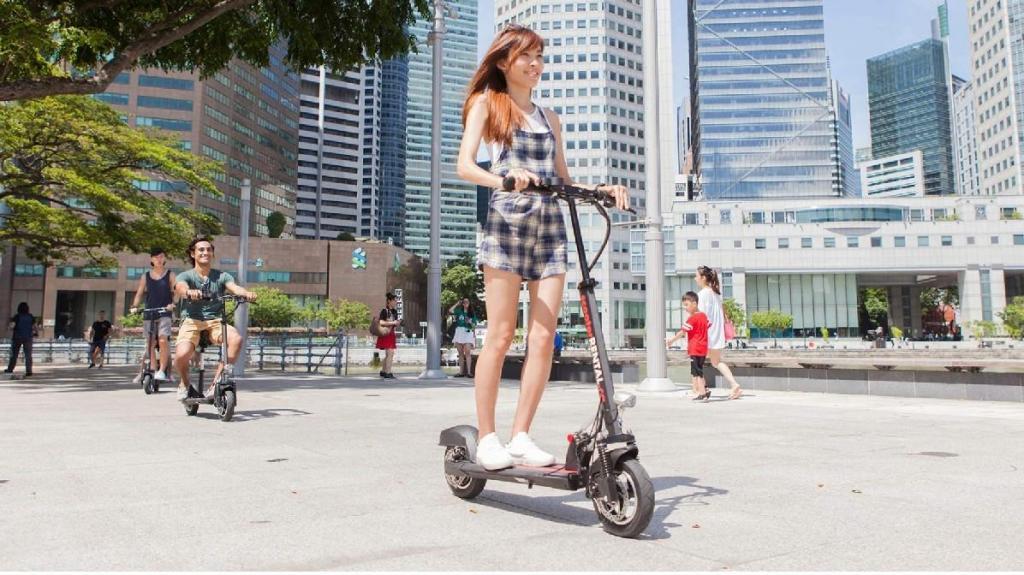 Conduzir E-Scooter em Singapura (foto: Klook)