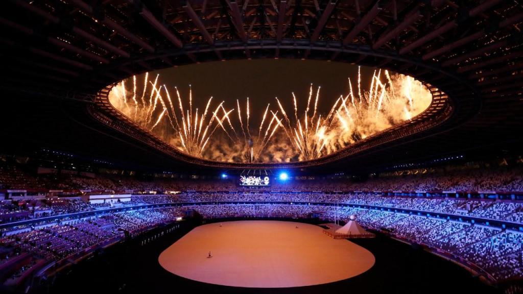 Foguetes na cerimónia de abertura de Tóquio 2020 (Kiyoshi Ota/EPA)