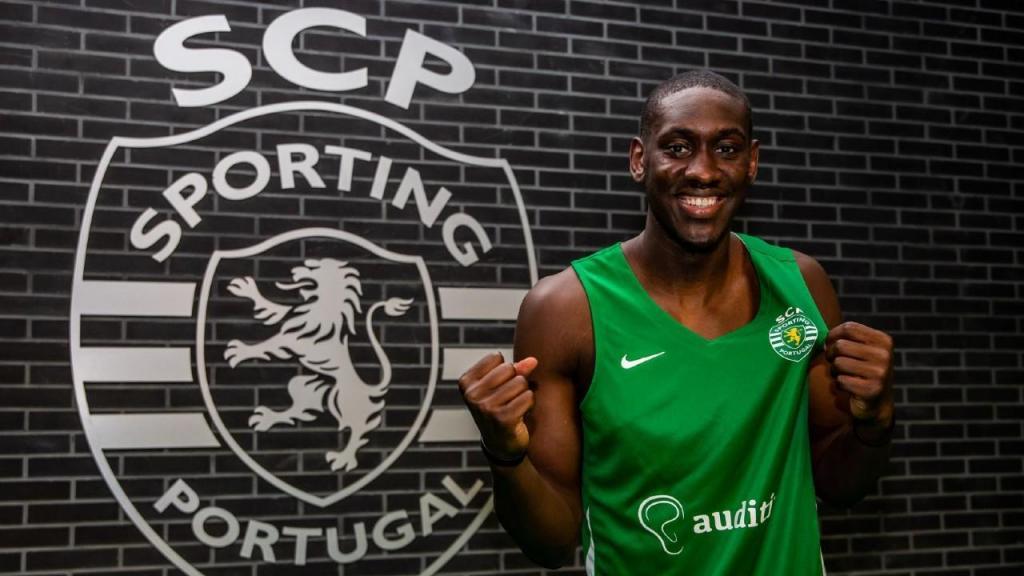 Mike Fofana reforça Sporting (foto SCP)