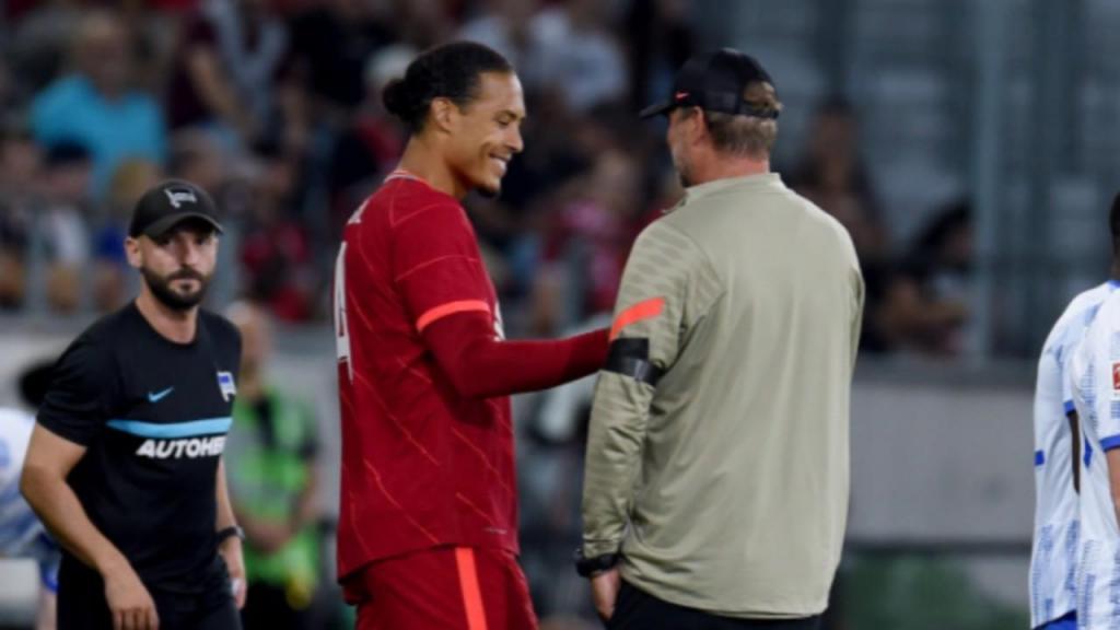 Virgil Van Dijk e Jurgen Klopp (twitter Liverpool)