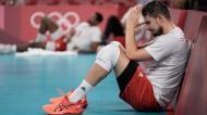 A desilusão do polaco Fabian Drzyzga, após a derrota com a França nos quartos-de-final do voleibol (AP)