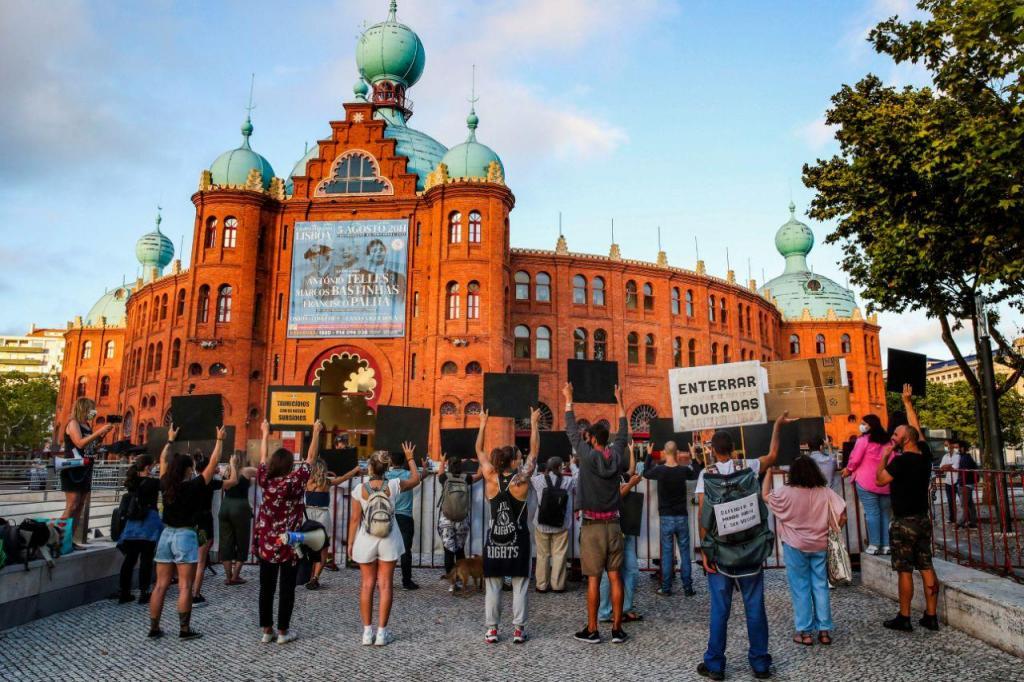 Protesto contra as touradas