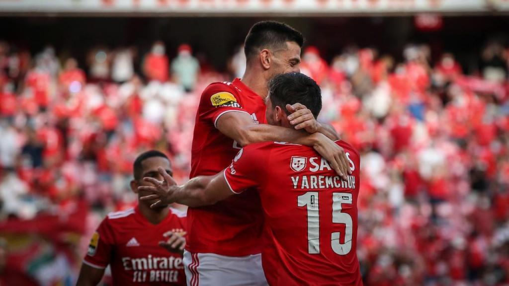 Yaremchuk (Benfica): 8.1 + 4