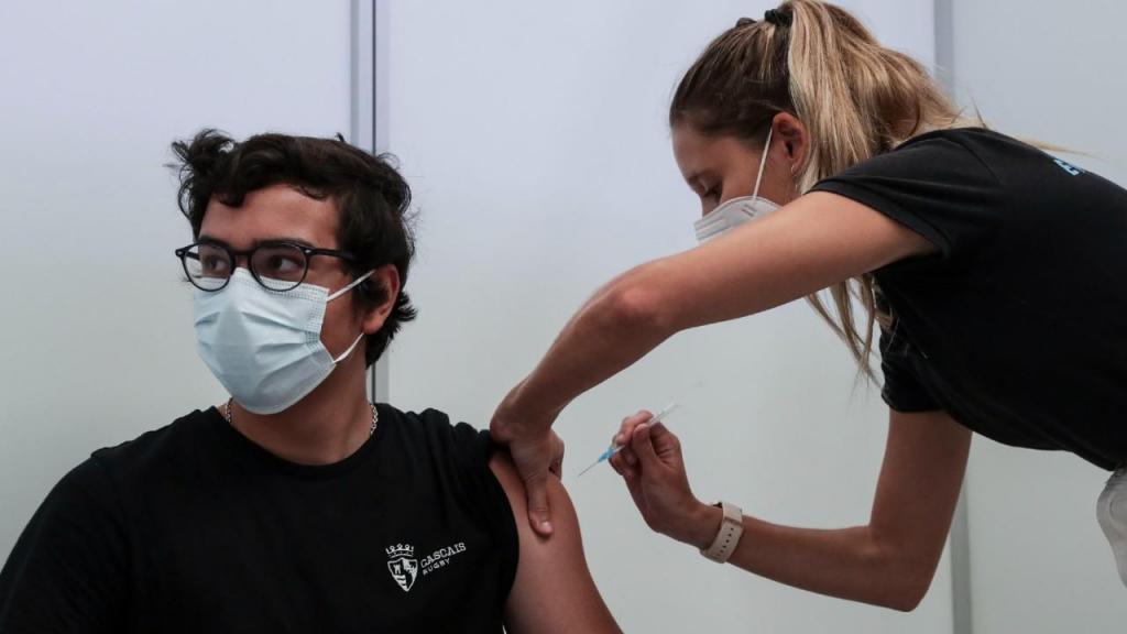 Vacinação dos jovens dos 12 aos 15 anos