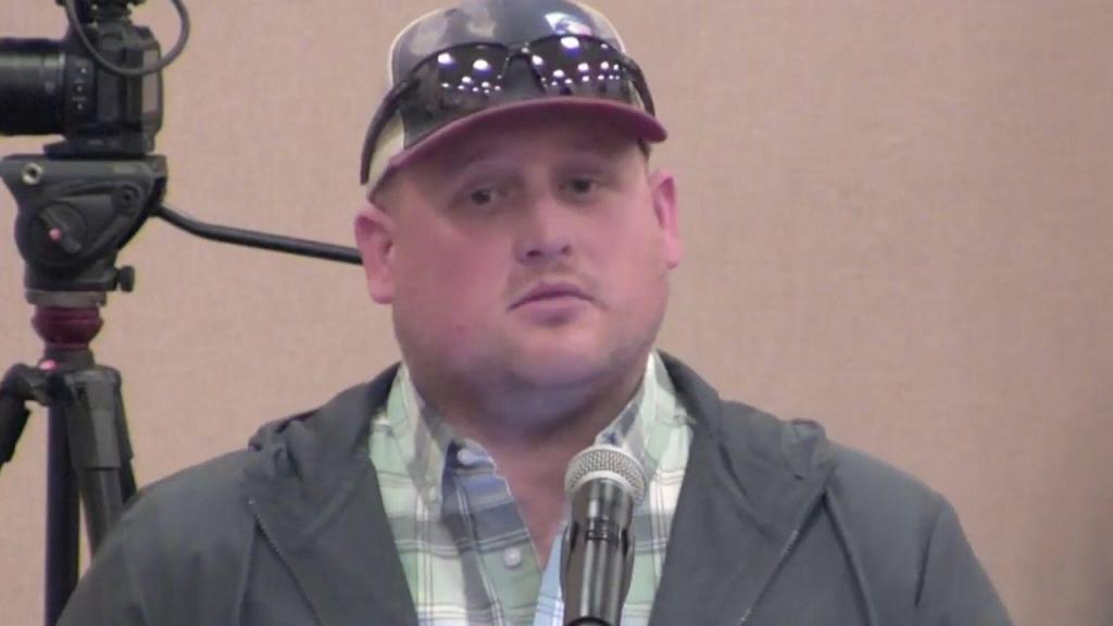 Caleb Wallace, 30 anos, morre com covid-19 depois de criar movimentos negacionistas contra o uso de máscaras
