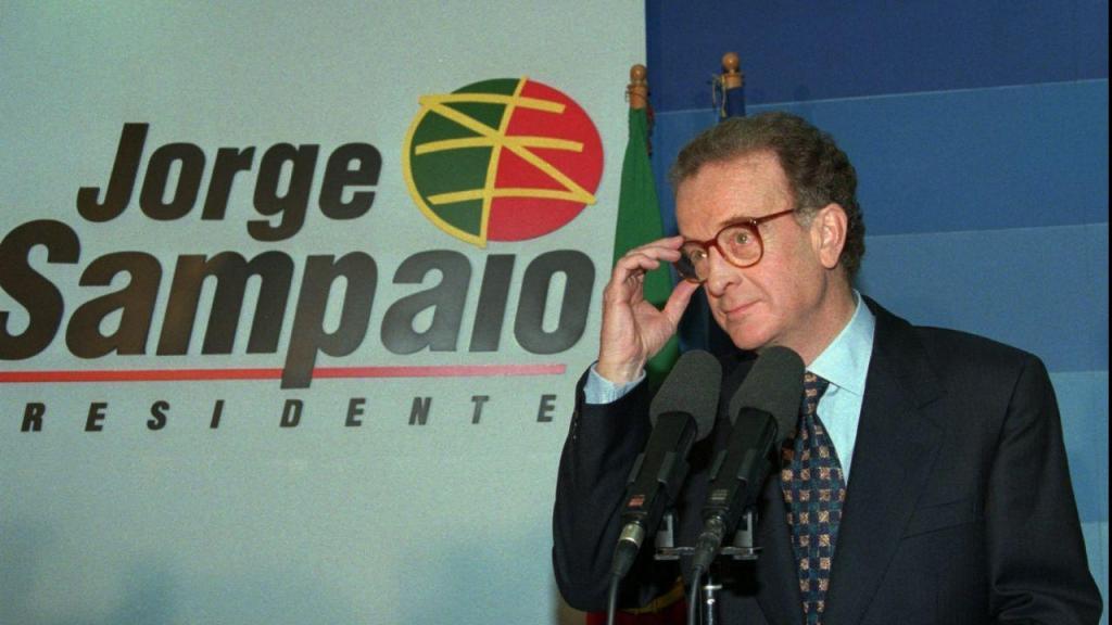 Jorge Sampaio na noite em que foi eleito como Presidente da República, 14 de janeiro de 1996