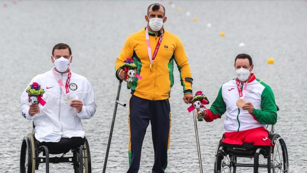 Paralímpicos: Canoísta Norberto Mourão conquista bronze em Tóquio