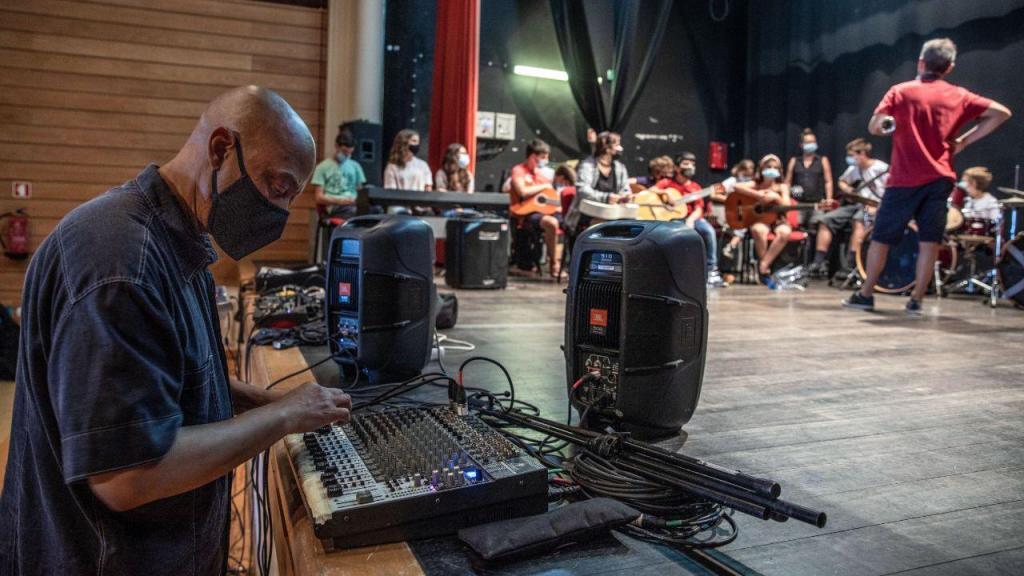 Preparativos para o Tremor Festival em Ponta Delgada