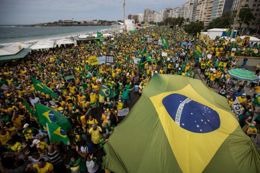 Ruas de Brasília enchem-se de apoiantes de Jair Bolsonaro