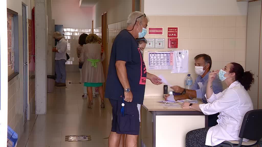 Covid-19: escolas já estão a testar professores e auxilares