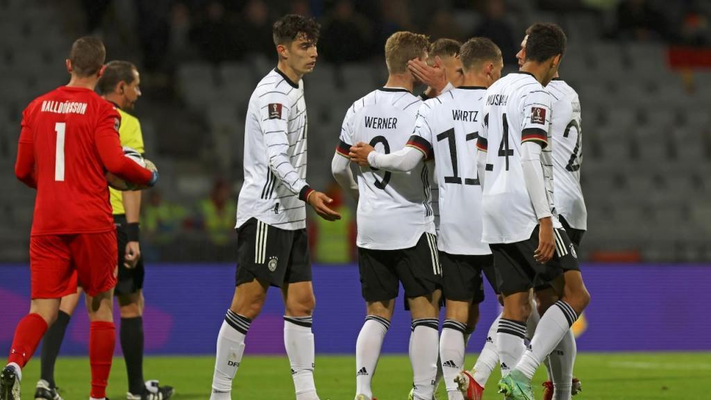 Timo Werner fez o 0-4 final no Islândia-Alemanha, de apuramento para o Mundial 2022 (Arni Torfason/AP)
