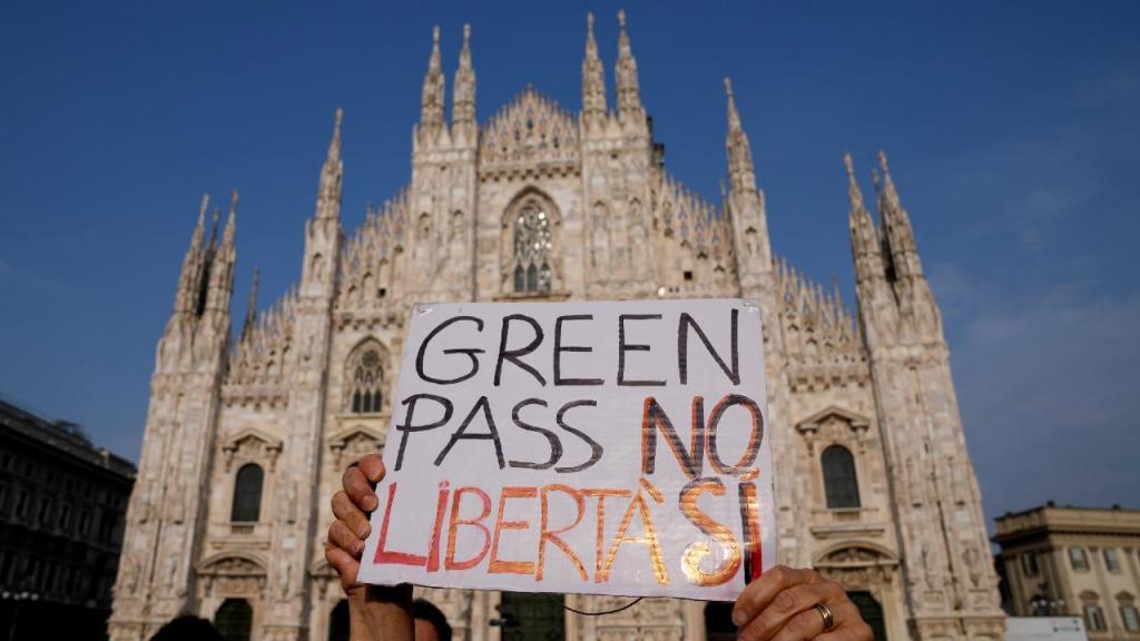Protesto contra o certificado digital em Itália