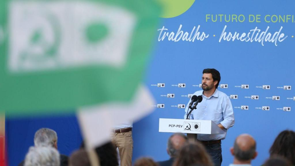 Jerónimo de Sousa, acompanhado pelo candidato da CDU à Câmara Municipal de Lisboa, João Ferreira
