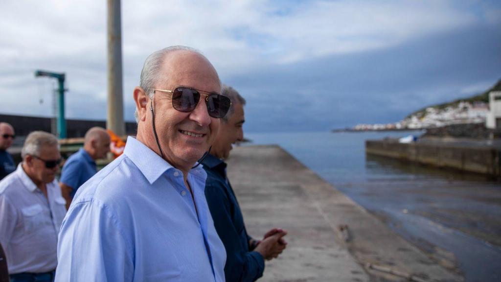 Rui Rio em campanha na Ribeira Quente
