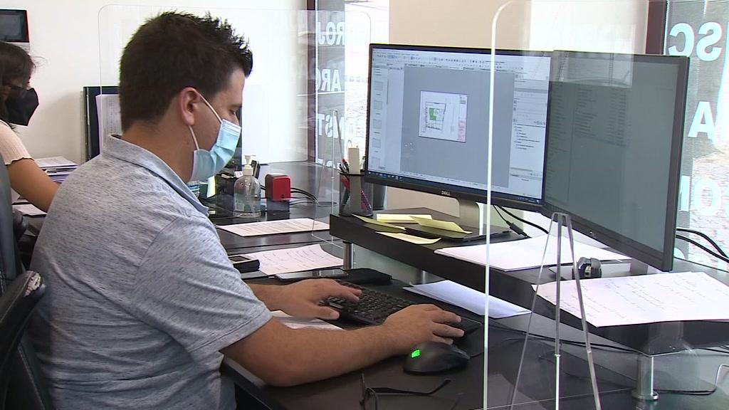 Deixa de ser obrigatório o uso de máscara no local de trabalho