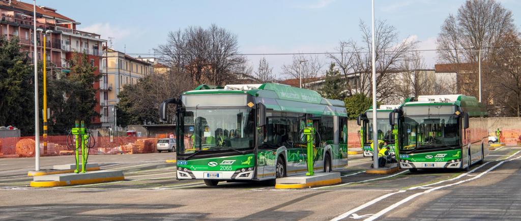 Milão com transportes públicos mais ecológicos (Foto: Schneider)