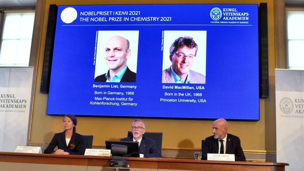 Benjamin List e David MacMillan laureados com o Nobel da Química 2021