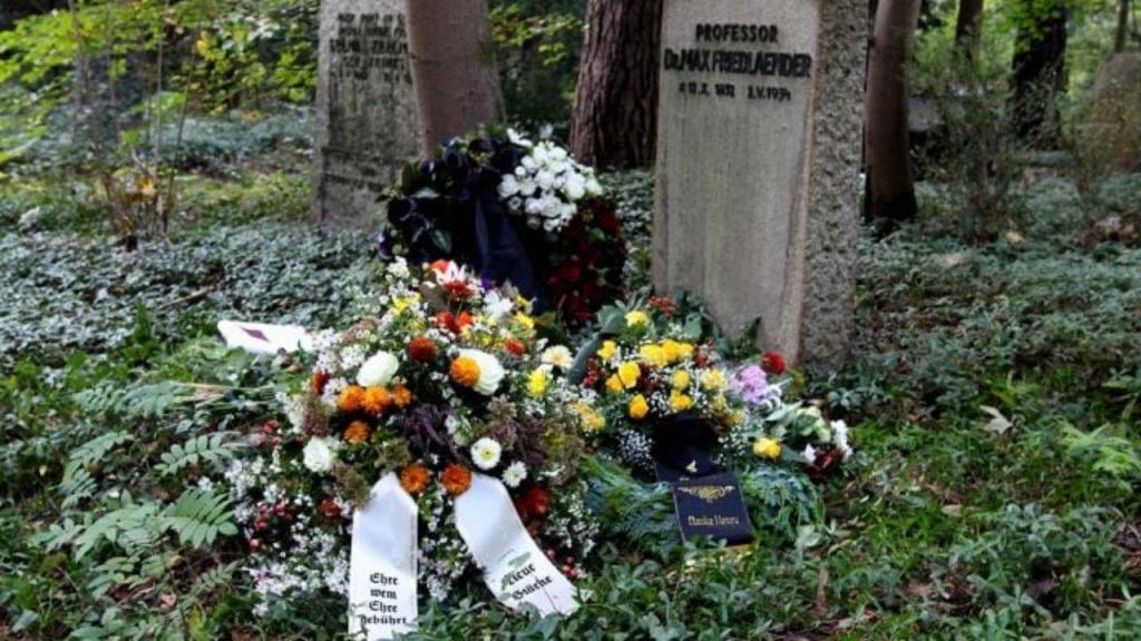 Neonazi enterrado em sepultura que pertenceu a judeu na Alemanha