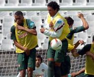 Bosingwa e Bruno Alves, dois estreantes (Foto Lusa)