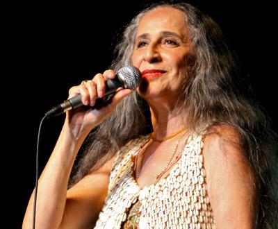 Maria Bethânia no Coliseu dos Recreios (foto: Manuel Lino)