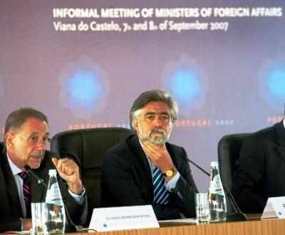 Luís Amado preside à reunião dos ministros dos Negócios Estrangeiros da UE em Viana do Castelo [Miguel A. Lopes/LUSA]