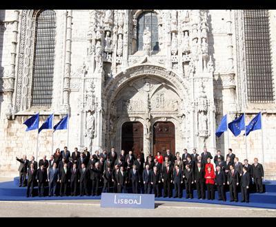 42e2385d0dc Assinatura do Tratado de Lisboa - Foto de Miguel A. Lopes para Lusa