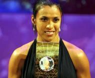 Marta foi a melhor jogadora de 2007 (Foto: Walter Bieri / EPA)