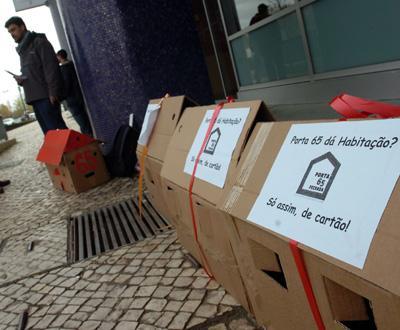 Protesto Contra O Porta 65 Jovem Foto MARIO CRUZ LUSA