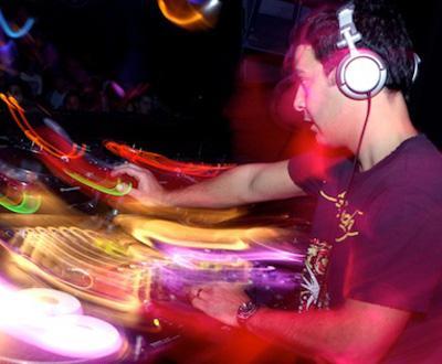 DJ Vibe no LUX (foto: Manuel Lino)
