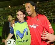 Messi e Ronaldinho juntaram amigos (Foto EPA)