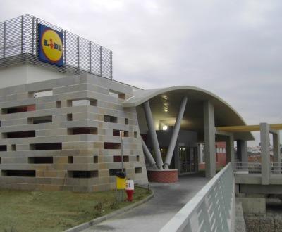 DST encaixa 16 milhões de euros com entrega de projectos