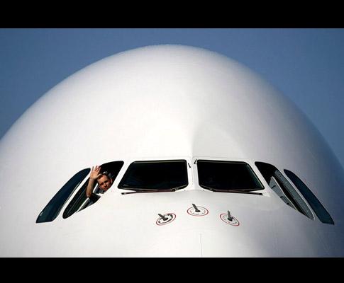 Airbus A380 aterra no Chile (EPA/Claudio Reyes)
